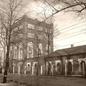 Первая водопроводная станция Гардерсхоф, ныне Центральная водопроводная станция, построена в 1883-85 гг.